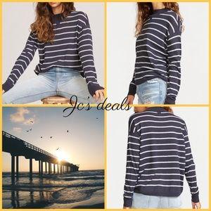 💙 Rvca women's tristen stripe sweater 💙